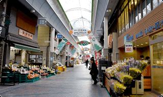 水道筋商店街の街並み